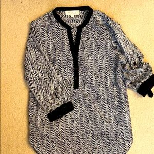 Olive & Oak Black and White Patterned Blouse